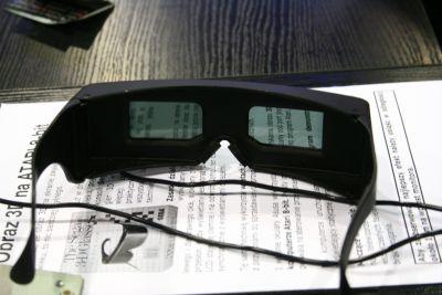 Okulary 3D podłączone do małego Atari