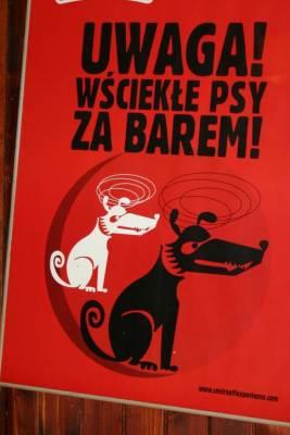 Uwaga wściekłe psy